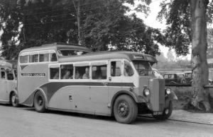 1933 AEC Regal London Lorries/Beadle