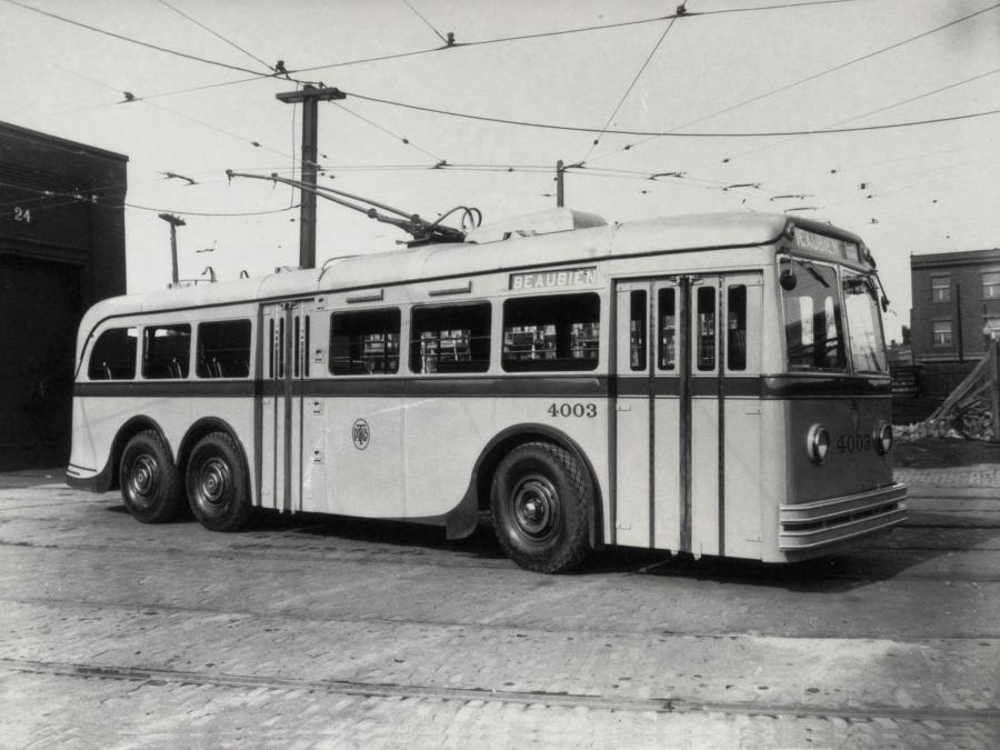 AEC-Park Royal-EEC 663T '1939