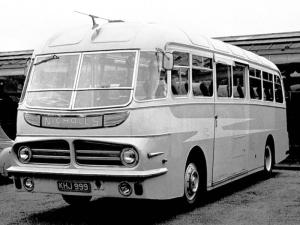 AEC Reliance MU3RV Harrington Wayfarer 1955 года (UK)