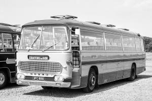 1966 AEC Reliance 6MU3R Duple Commander