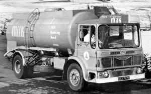 Albion Super Clydesdale CD65 Milk Tanker