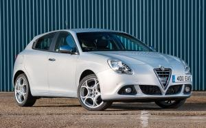 Alfa Romeo Giulietta Business Edition 2014 года (UK)