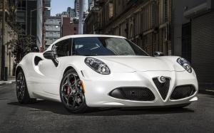 Alfa Romeo 4C Launch Edition 2015 года (NA)