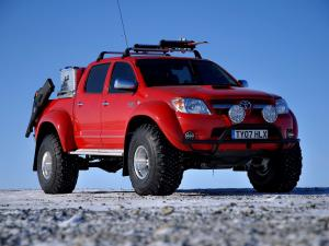 2007 Arctic Trucks Toyota Hilux Invincible AT38