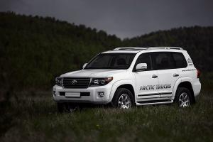 2011 Arctic Trucks Toyota Land Cruiser AT33
