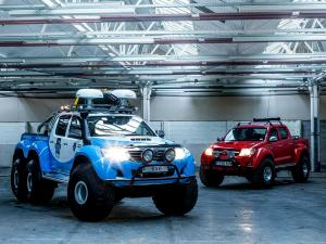 2013 Arctic Trucks Toyota Hilux AT44 Willis Resilience Expedition 6x6