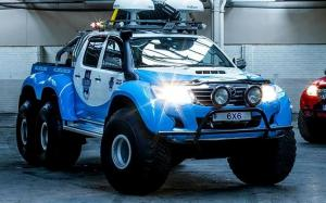 Arctic Trucks Toyota Hilux AT44 Willis Resilience Expedition 6x6 2013 года
