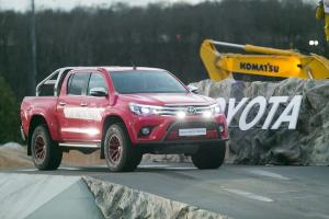 2016 Arctic Trucks Toyota Hilux NG AT35