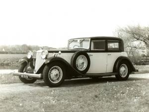 1933 Armstrong Siddeley Special Saloon