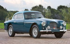 Aston Martin DB2/4 Fixed Head Coupe by Tickford 1955 года