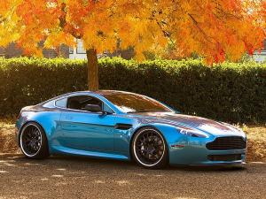 2012 Aston Martin V8 Vantage by D2 Forged