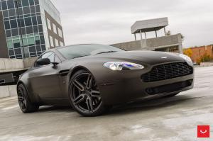 2018 Aston Martin Vantage on Vossen Wheels (HF-1)