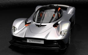 Aston Martin Valkyrie AMR Track Performance Pack Ethanol Silver by Q 2019 года