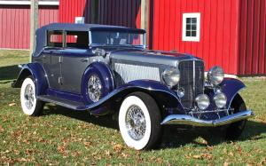 Auburn V12 165 Salon Phaeton Sedan