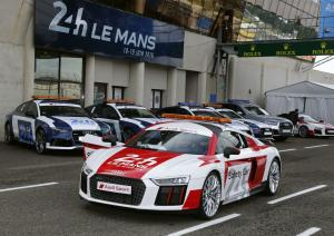 Audi R8 V10 Plus 24 Hours of Le Mans Safety Car 2016 года