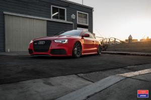 2016 Audi RS5 Coupe X Work on Vossen Wheels (VWS-1)