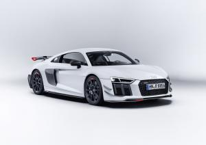 Audi R8 V10 Performance Parts 2017 года