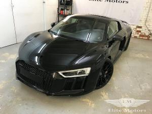 2017 Audi R8 V10 by Elite Motors