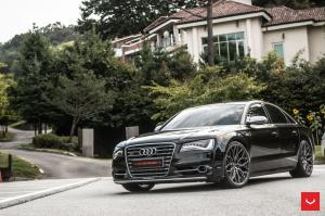2018 Audi S8 on Vossen Wheels (HF-2)