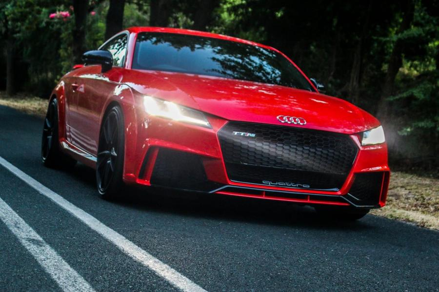 Audi TT RS on HRE Wheels (FF04)