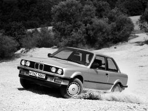 BMW 325iX Coupe 1987 года