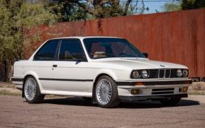 BMW 325iX by Dinan