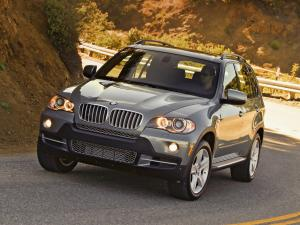 BMW X5 xDrive 3.5d BluePerformance 2009 года (US)