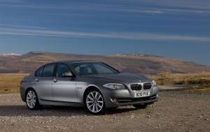 BMW 520d EfficientDynamics Saloon 2012 года