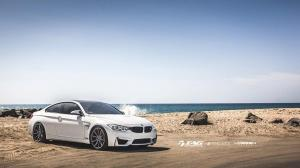 BMW M4 Coupe Alpine White by TAG Motorsports on Vossen Wheels 2014 года