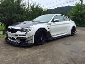 BMW M4 Coupe by Varis 2015 года