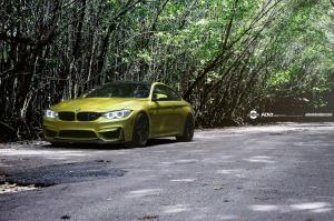 BMW M4 Coupe on ADV.1 Wheels (ADV05SMV2CS) 2015 года