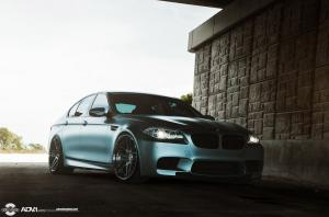 2015 BMW M5 on ADV.1 Wheels (ADV05SMV2CS)