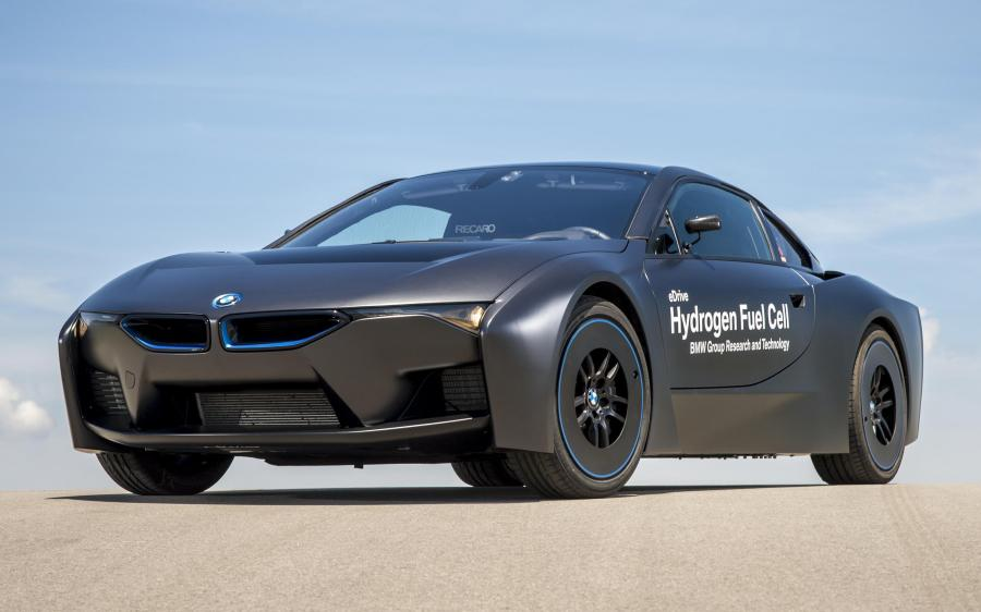 2015 BMW i8 Hydrogen Fuel Cell eDrive Prototype