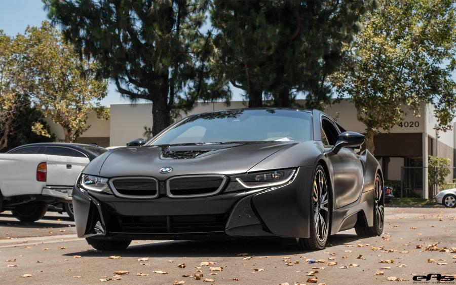 BMW i8 in Black by EAS