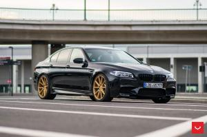 BMW M5 on Vossen Wheels (VFS1)