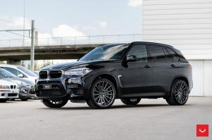 BMW X5 on Vossen Wheels (VFS2) 2017 года