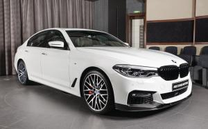BMW 540i Limited Black Edition in Alpine White by Abu Dhabi Motors 2018 года
