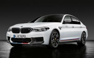 BMW M5 with M Performance Parts 2018 года (WW)