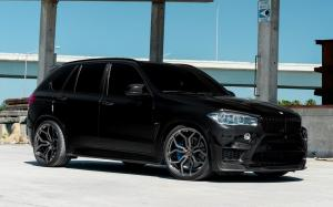 2018 BMW X5 M on Vossen Wheels (HC-3)
