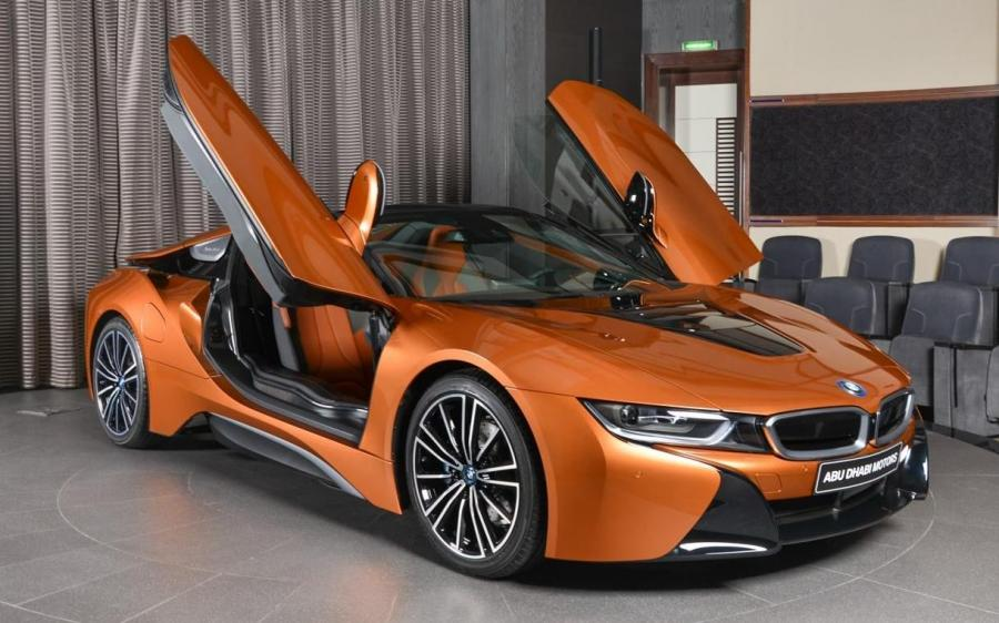 BMW i8 Roadster by Abu Dhabi Motors