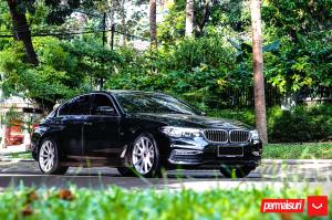 2019 BMW 530i Sedan Luxury Line by Permaisuri on Vossen Wheels (VFS-10)