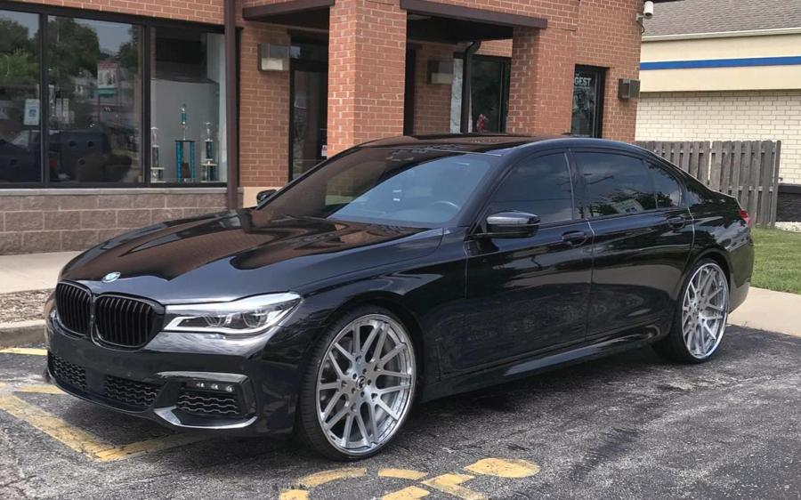 2019 BMW 7-Series on Forgiato Wheels (Maglia)