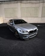 BMW M5 on ADV.1 Wheels (ADV10R TRACK SPEC CS) (Pure Silver) 2019 года