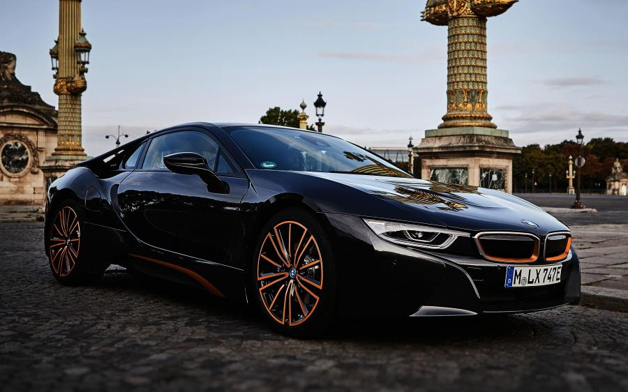 2019 BMW i8 Ultimate Sophisto Edition