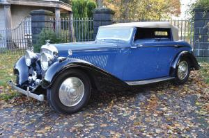 1938 Bentley 4¼-Litre Disappearing Hood by Hooper