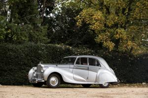 1946 Bentley Mark VI Saloon by Vanden Plas