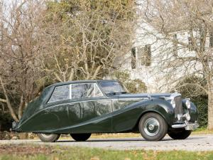 1951 Bentley Mark VI 4½-Litre Coupe by Hooper