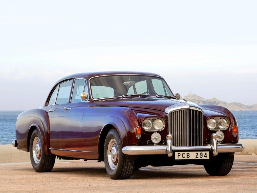 Bentley S3 Continental Flying Spur Saloon by Mulliner Park Ward '1963