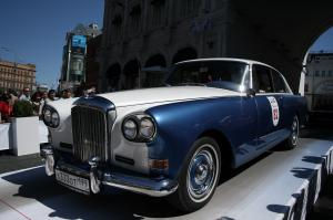 Bentley S3 Continental by Mulliner Park Ward 1963 года