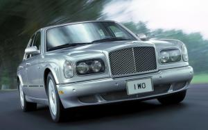 Bentley Arnage Red Label 1999 года (NA)